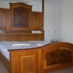 postelja oreh2-1